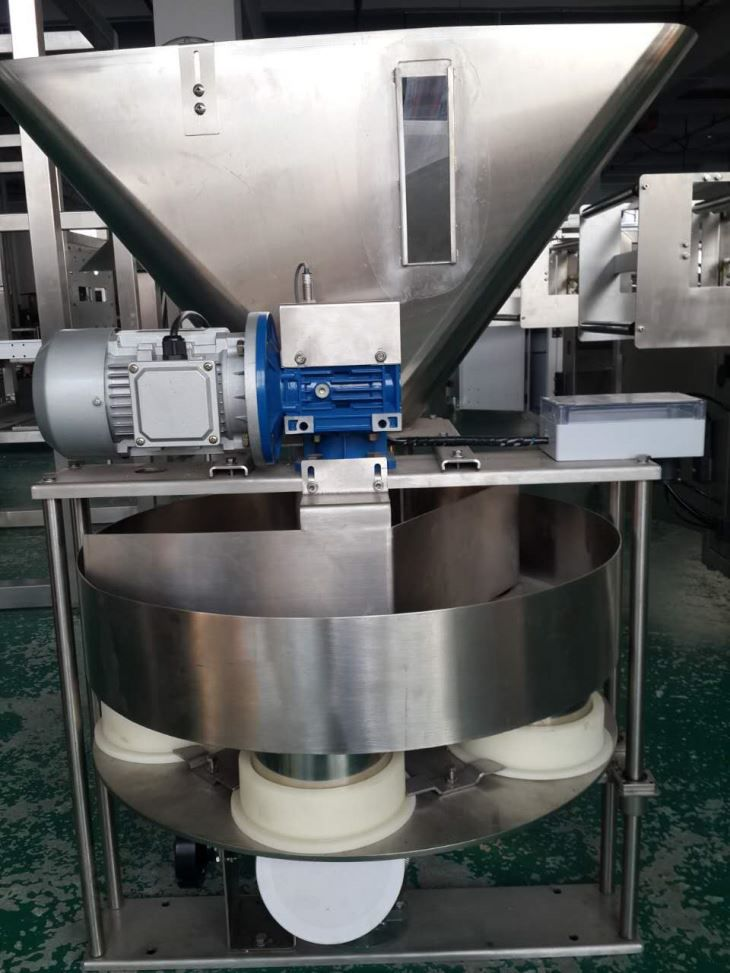 China Stand Up Pouch Filling and Sealing Machine